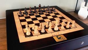 Square Off: классические шахматы с искусственным интеллектом