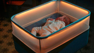 Max Motor Dreams успокаивает младенца симулированием езды в автомобиле