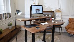 GAZE DESK – умный письменный стол, позволяющий работать лучше